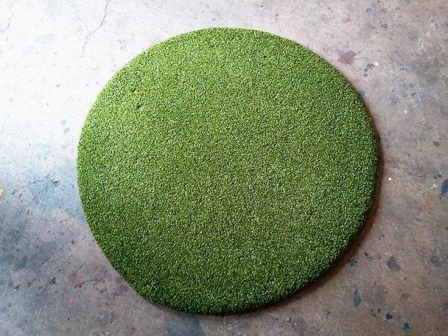 ROUND SAFETY FLOOR MAT